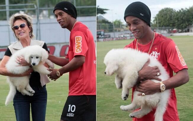 Ana Maria Braga visitou o jogador no centro de treinamento do Flamengo