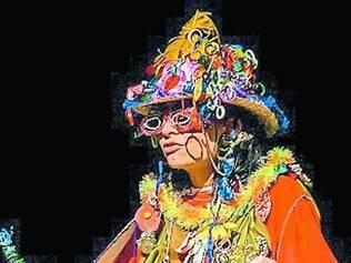 Peça é baseada na vida e na obra da artista popular Efigênia Rolim