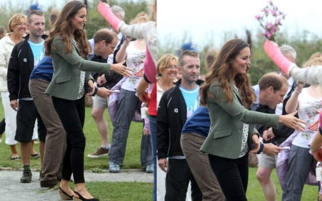 A duquesa de Cambridge cumprimentou as pessoas