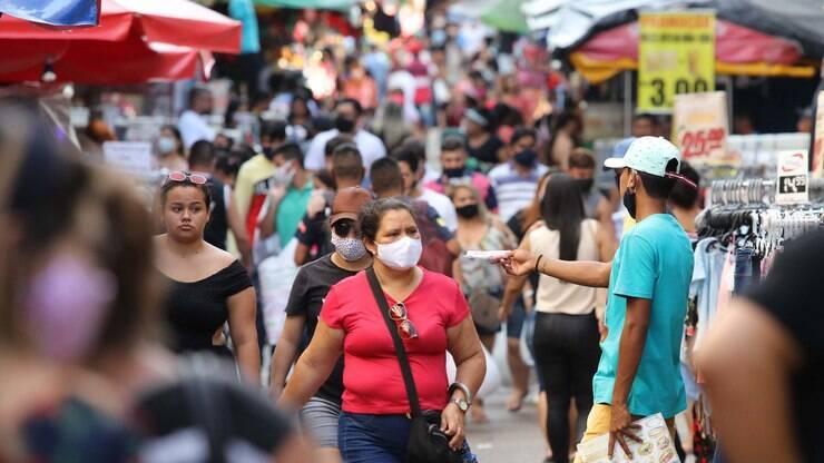 Até quando será preciso usar máscara contra a Covid-19? Infectologista responde – iG Saúde
