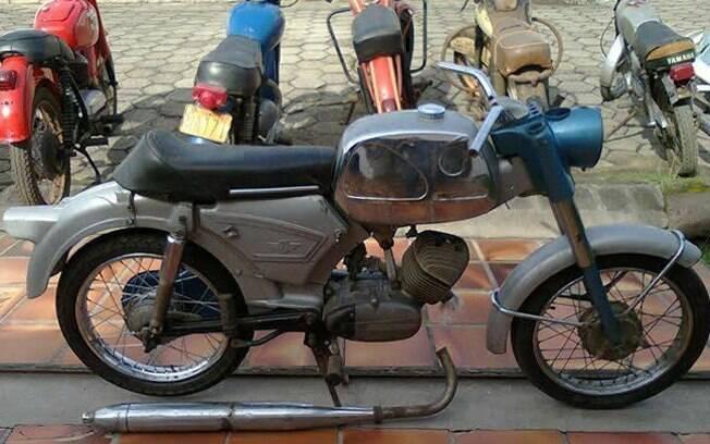 Esta é a minha Zündapp KS 100, que achei à venda recentemente, incompleta