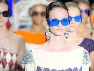 Desfile do estilista Ronaldo Fraga que se inspirou no trabalho de Candido Portinari