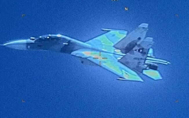 EUA dizem que caça da Venezuela ameaçou avião militar americano sobre águas internacionais