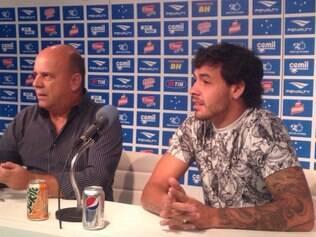 Ricardo Goulart vai à Toca e se despede de seus ex-companheiros