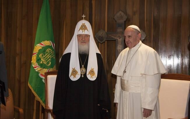Papa Francisco e Cirilo I durante encontro em Havana, em Cuba