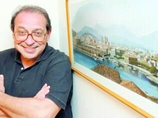 Trilha. Fã de teatro musicado, Ruy Castro defende a criação de composições originais para o gênero