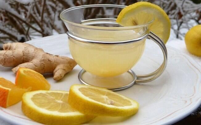 Gengibre combina com chás, sucos e é um ótimo tempero
