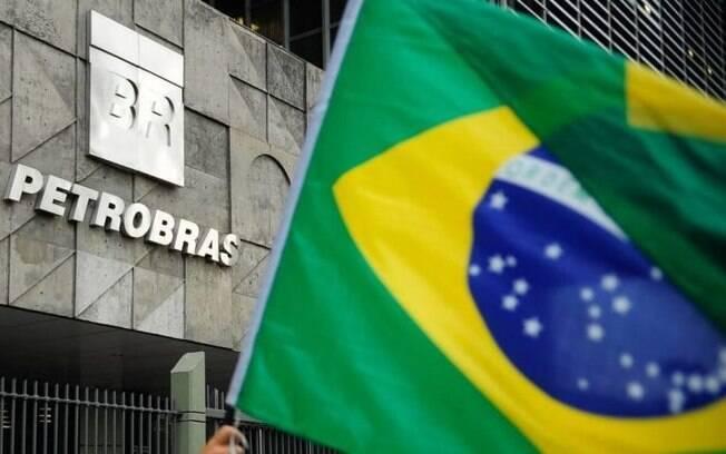 Petrobras (PETR4) se posiciona sobre declaração de Bolsonaro quanto a política de preços