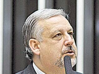 Berzoini ainda vai consultar o ex-presidente Lula sobre o tema