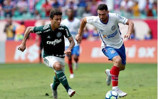 Jogando longe de São Paulo, Palmeiras empatou com o Bahia