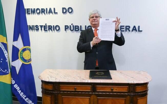 Rodrigo Janot afirmou que verba reservada para as ações da Lava Jato em 2018 é maior do que a deste ano
