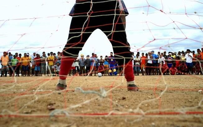 Futebol de várzea em São Paulo ganha apoio do Governo estadual