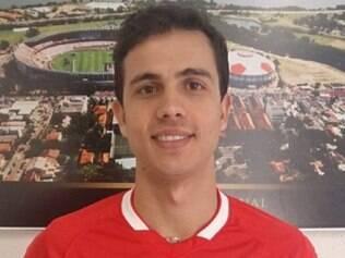 Atacante retorna ao Internacional pela terceira vez e tem contrato até 2017