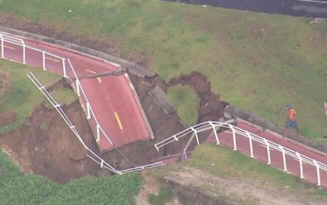 Ciclovia Tim Maia permanece interditada após o afundamento de cerca de 30 metros da pista no trecho de São Conrado