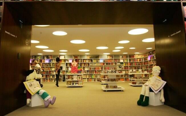 Livrarias investem no público infantil e criam ambientes divertidos e confortáveis