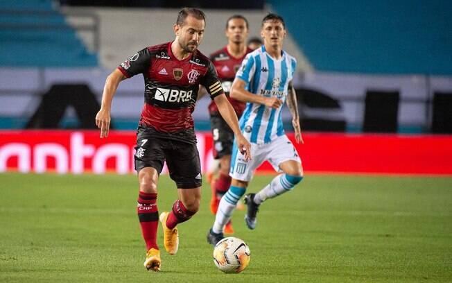 Flamengo e Racing disputam vaga nas quartas de finais da Libertadores
