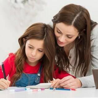 Infância: papel da mãe nesse período é educar e impor limites