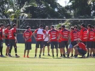 Esportes  - Treino do Chile Treino da selecao chilena na Toca II , em Belo Horizonte MG. Foto: Alex de Jesus/O Tempo 09/06/2014