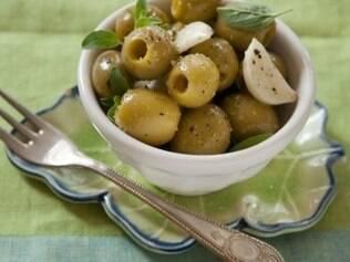 Salada de batata ganha novo sabor