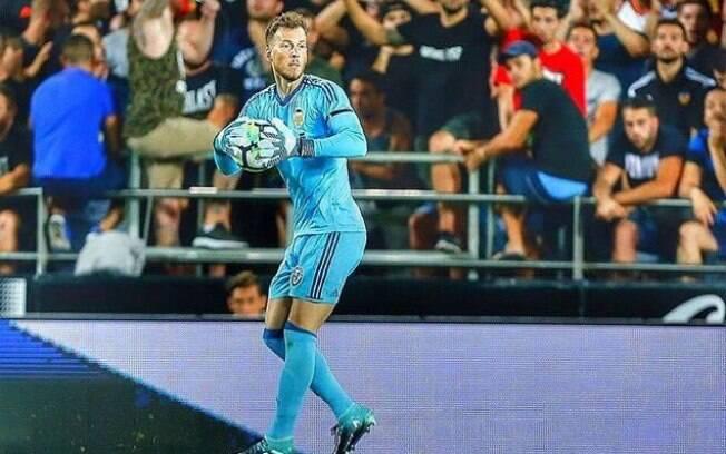 Neto é o novo goleiro do Barcelona