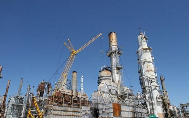Petrobras vai vender Refinaria de Pasadena e ativos na África
