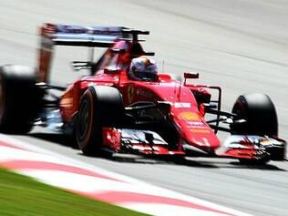 Vettel conquista 1ª vitória com Ferrari