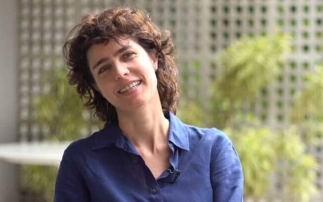 Carolina Jabor comenta sobre as dificuldades de ser mulher em um set de filmagens