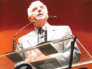 Ex-ministro diz que ainda não foi notificado pela Justiça para depor