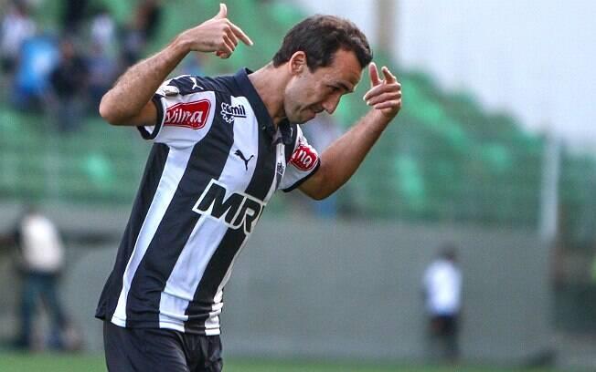 Thiago Ribeiro comemora um de seus gols na boa vitória sobre o Vasco. Foto: Bruno Cantini/Atlético Mineiro