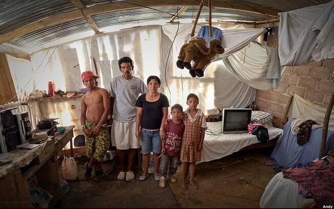 O assentamento Mirador, em Honduras, é lar para o segurança desempregado Juan Andrés Matamoros Girón e sua família. Foto: Andy Goldstein