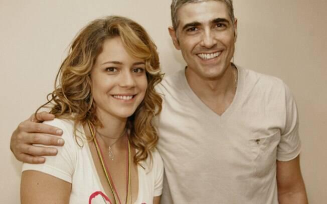 Reynaldo Gianecchini tietou a amiga Leandra Leal nos bastidores da novela