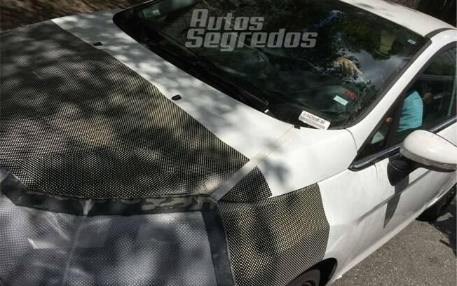 Em testes no Brasil, o Ford Fiesta renovado irá receber o motor 1.5 Dragon de três cilindros, no lugar do 1.6 Sigma