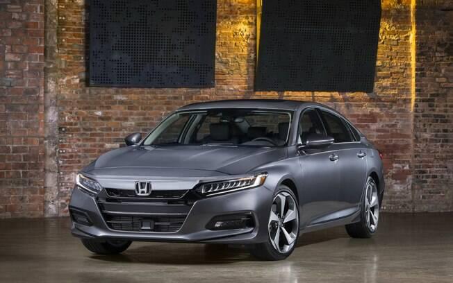 Honda Accord está à venda nos Estados Unidos com um dos melhores motores, com turbo, VTEC , híbrido