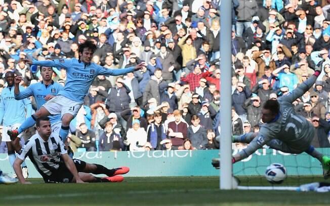 Manchester City de David Silva goleou o  Newcastle por 4 a 0