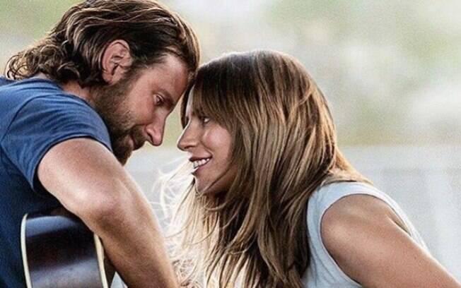 Bradley Cooper, que está lançando o filme 'Nasce uma Estrela' ao lado de Lady Gaga (foto acima), está de casa nova. Veja os detalhes da mansão do famoso