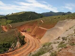 Fazenda Santa Cruz: áreas no distrito de Alvorada sofrem com a falta de água e com a obra que passa pela região. Foto: Mariela Guimarães