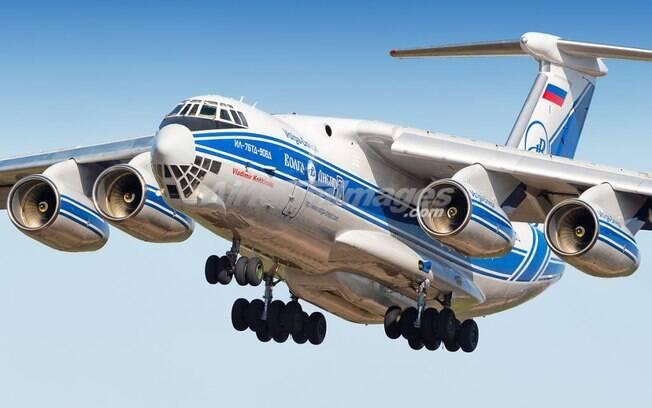 Raro Ilyushin IL-76 pousará hoje em Campinas