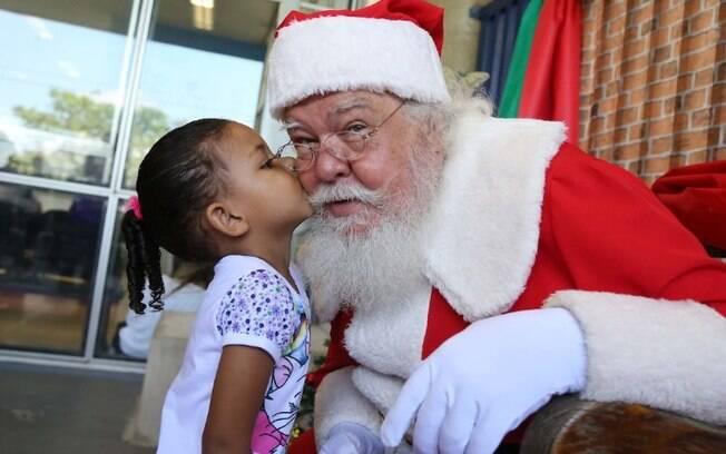 Pandemia: shoppings de Campinas promoverão encontros virtuais com Papai Noel