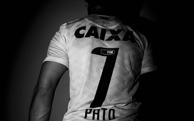 O atacante vai vestir a camisa 7 do  Corinthians