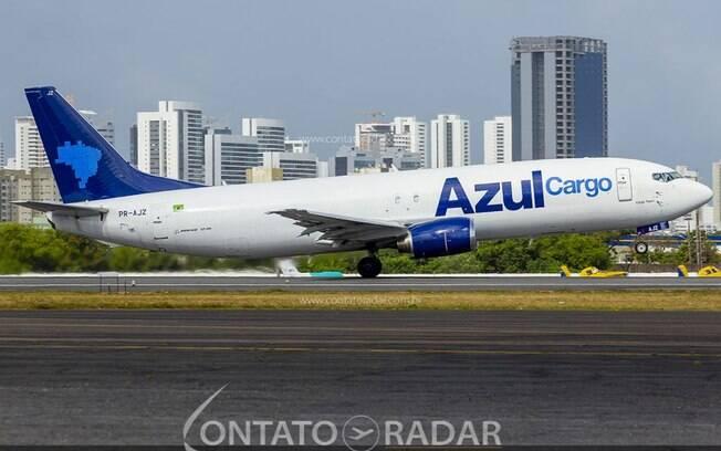 Azul transporta usinas de produção de oxigênio para Manaus