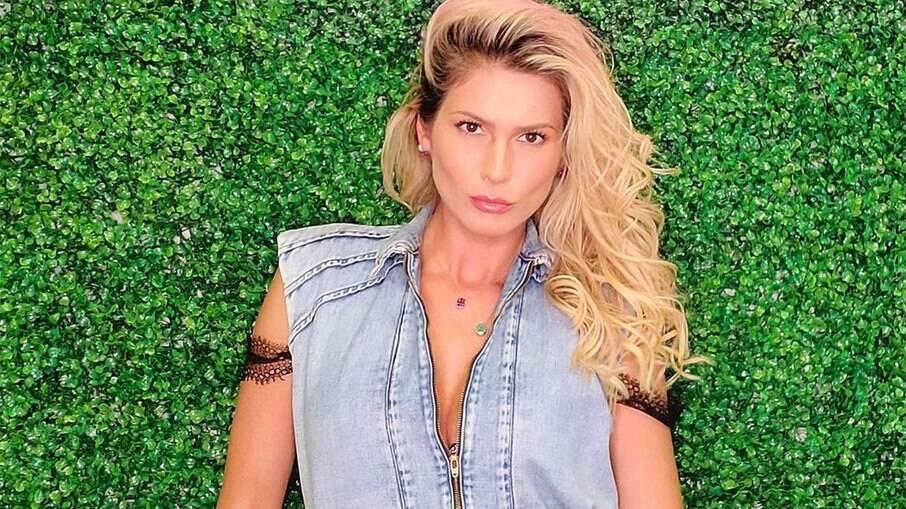 Lívia Andrade fala sobre saída do SBT