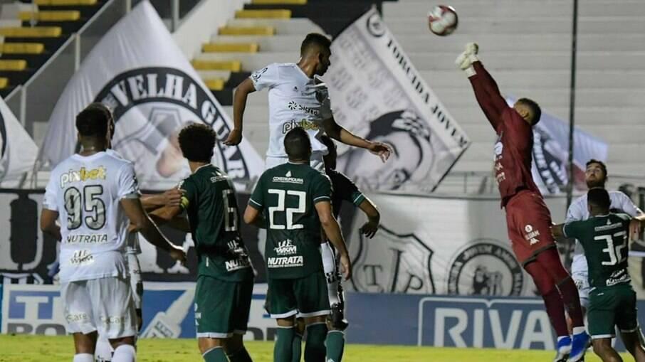 Guarani e Ponte Preta terão torcida liberada na reta final da Série B.