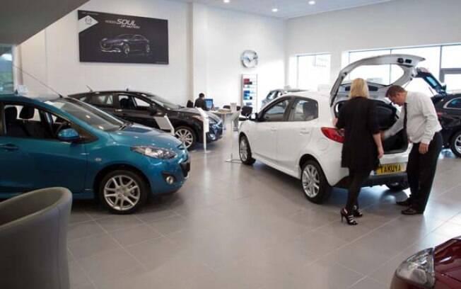 Em agosto, a venda de carros importados contabilizou 2.936 unidades, 34,2% a menos do que as 4.463 unidades do ano passado.