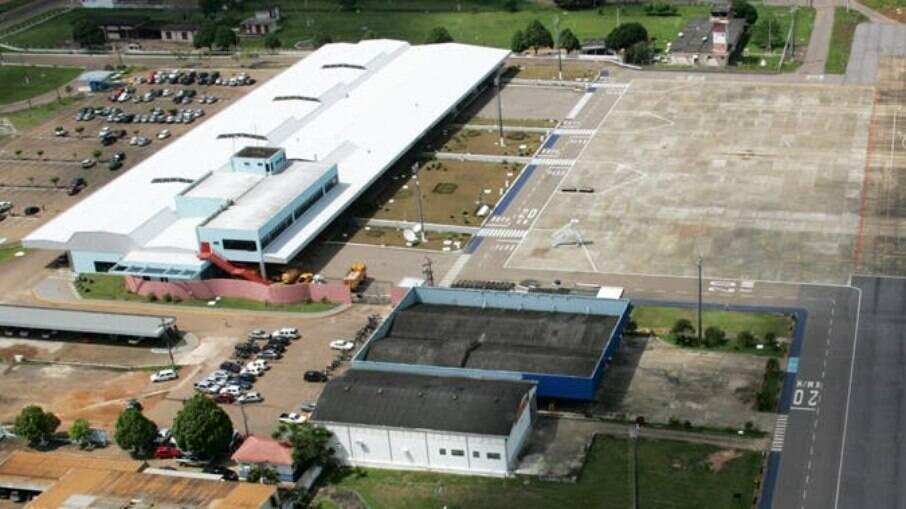 Leilão de 22 aeroportos brasileiros aconteceu hoje