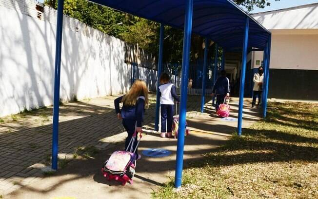 Campinas aumenta capacidade de alunos em escolas e faculdades a partir de hoje.