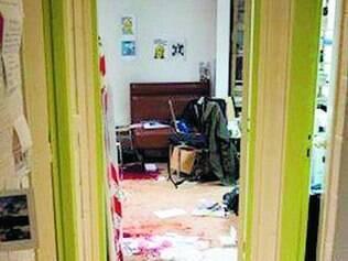 Drama. Interior da revista após ataque dos terroristas era desolador: sangue por todo lado