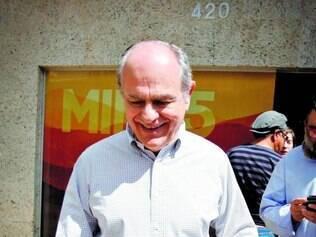 Avaliação. Pimenta se reuniu ontem com a campanha para avaliar programas de TV