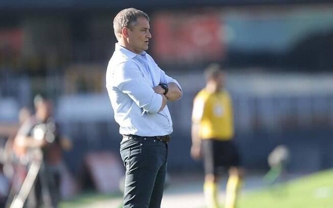 O técnico Diego Aguirre admitiu preocupação com fase: