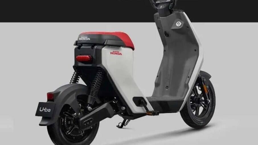 Honda U-BE tem motor de 350 W instalado no eixo traseiro.
