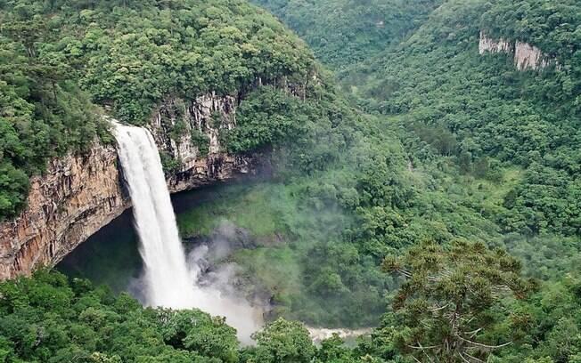 Canela, na Serra Gaúcha, tem cachoeiras e belezas naturais